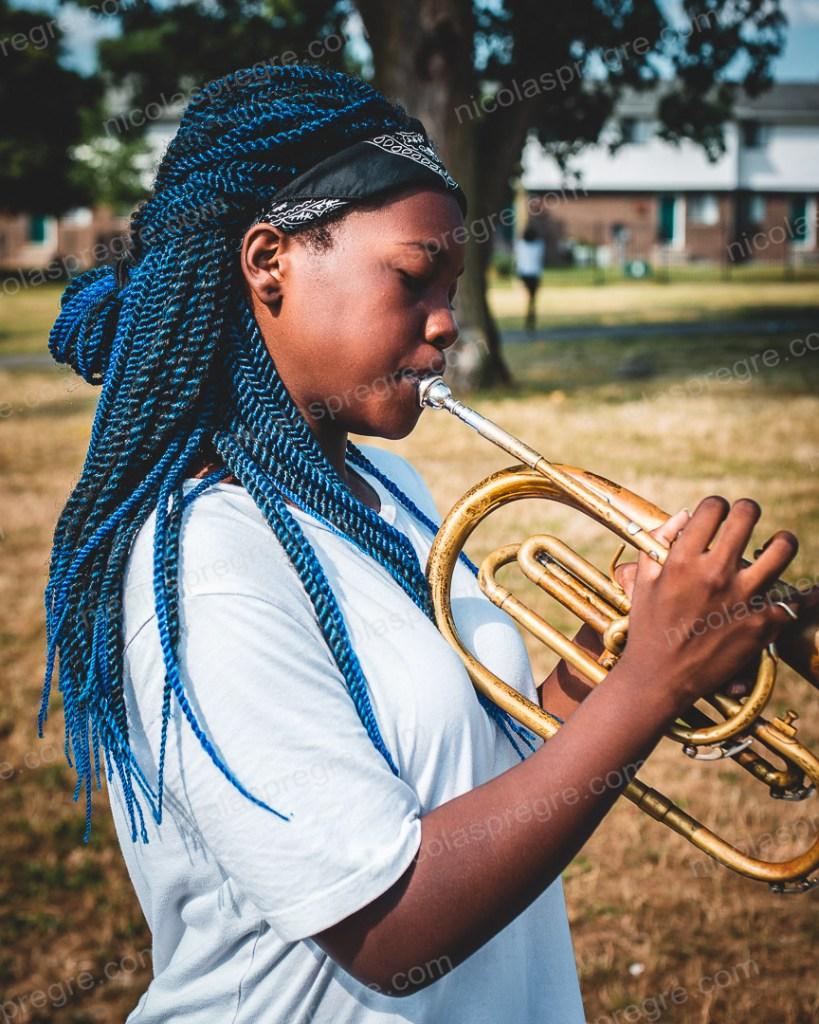Je vous présente Leaisha, en pleine répétition avec son groupe de musique Cass High School band, à Détroit