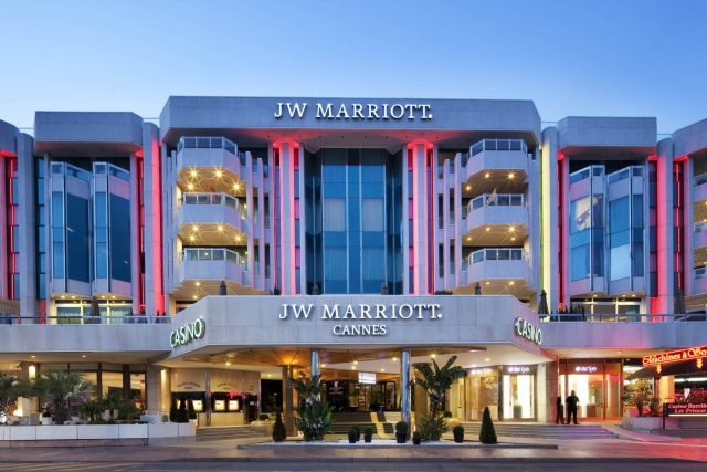 jw-cannes-france-facade-24-bd
