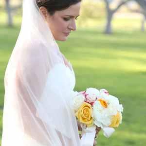 stunning bride photo at Walnut Grove Moorpark wedding venue