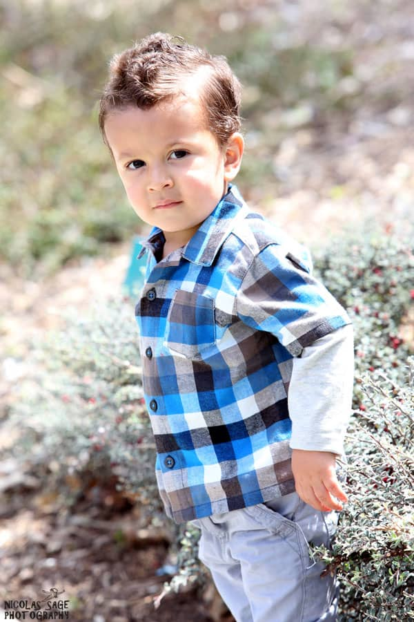 outdoor toddler portrait in Los Angeles