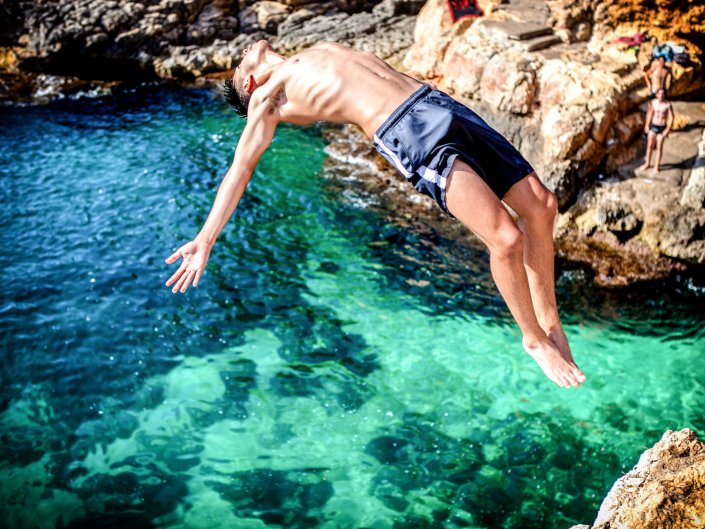 cliff springer heroes of porto cristo