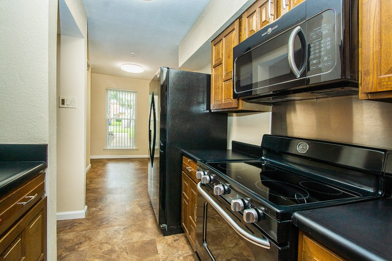 kitchen 3 2938 shady lake