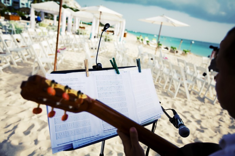 ritz carlton gramd cayman weddings 14