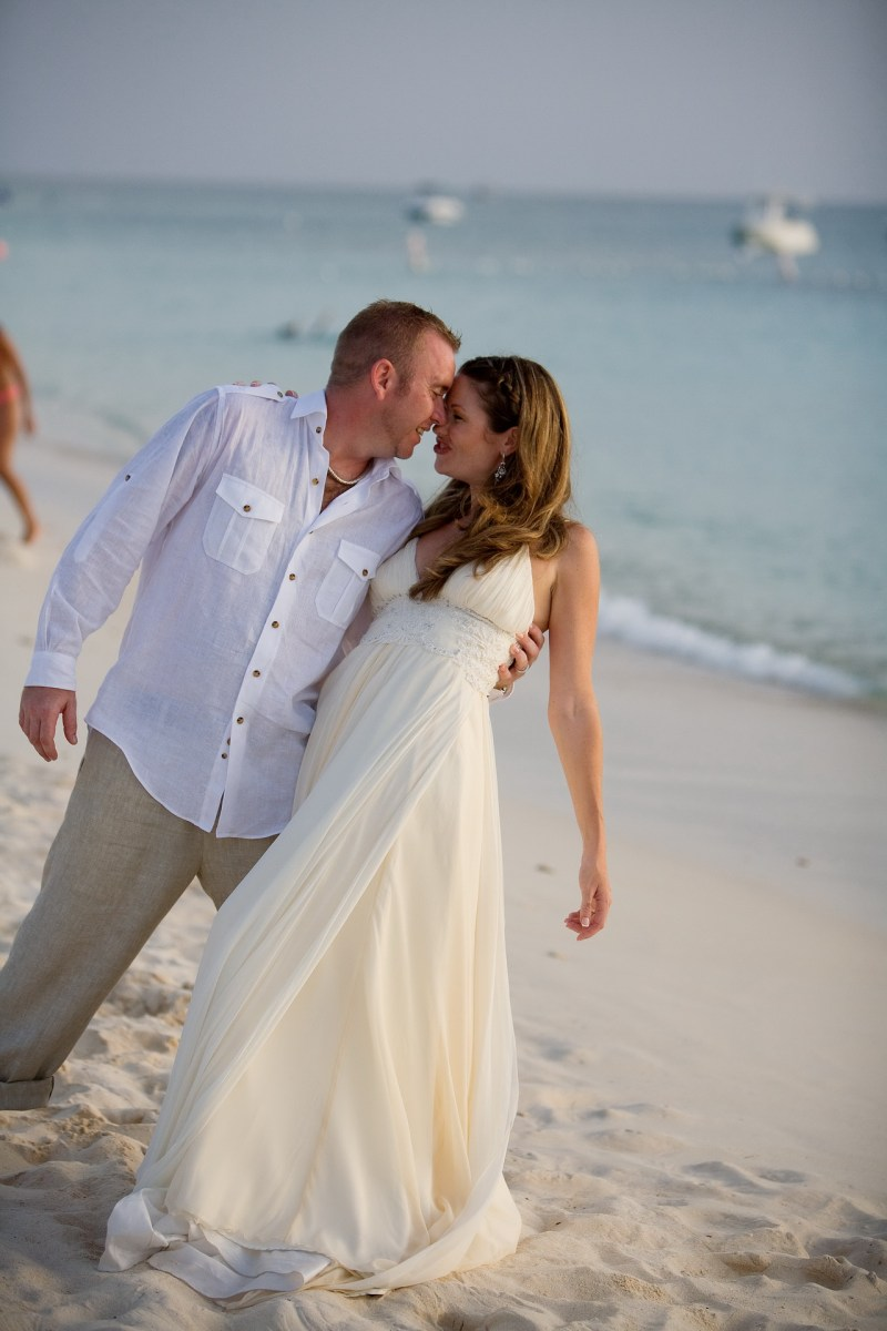 ritz carlton gramd cayman weddings 28