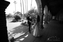 Franciscan Garden Weddings san Juan Capistrano photo by Nicole Caldwell Studio 01037