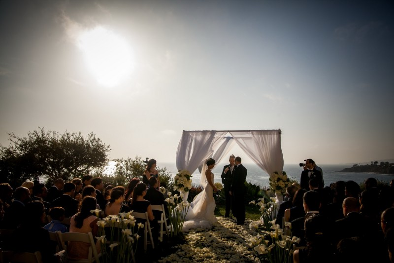 wedding ceremony overlooking pacific ocean ritz carlton laguna niguel