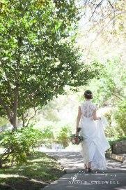 temecula wedding phoographer creek inn back of bride