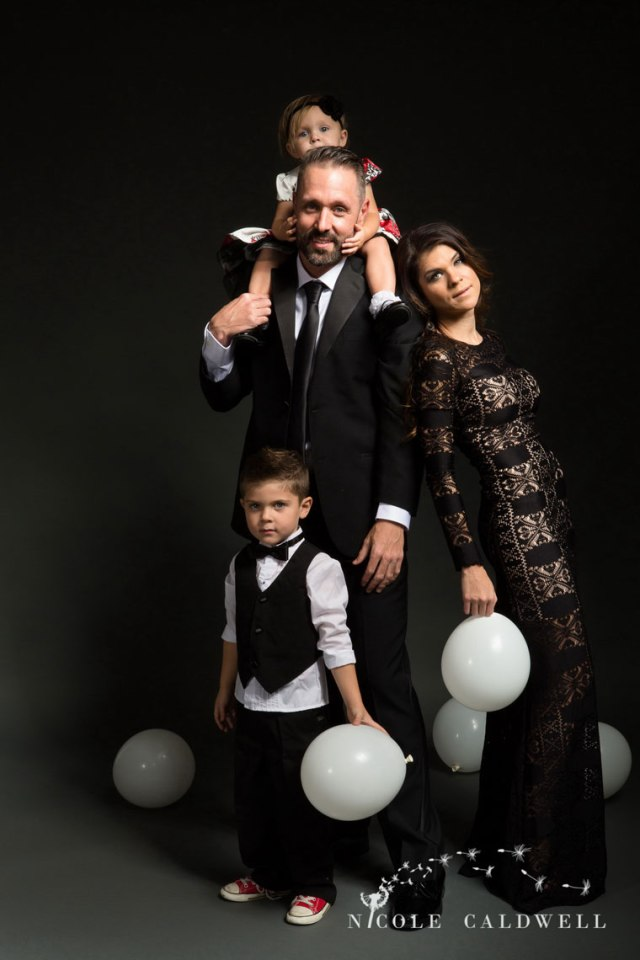 family-photo-studio-photography-in-orange-ocunty-by-nicole-caldwell-02