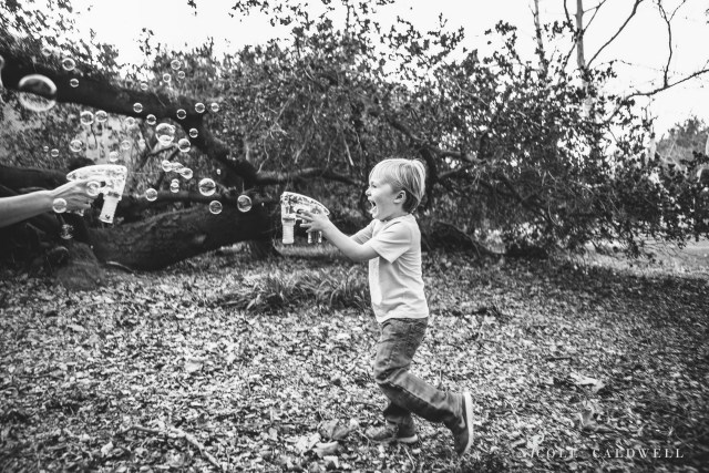 maternity photos in the park by oc photographer nicole caldwell 10