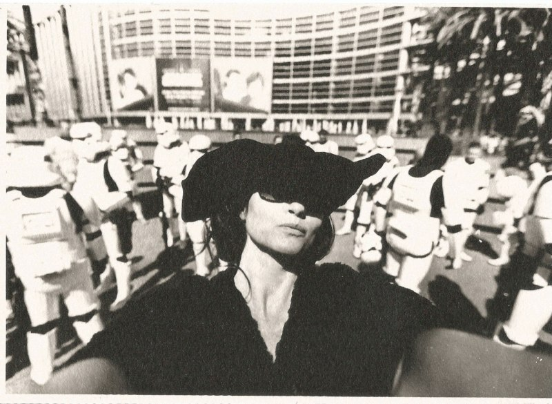 marla-selfies-fight-club-star-wars-celebraion-anaheim