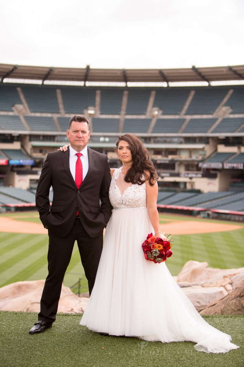 angels stadium of anaheim wedding venue 24