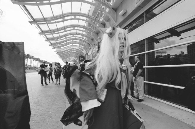 comic-con-san-diego-black-and-white-film-photographs-Nicole-Caldwell-01