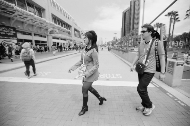 comic-con-san-diego-black-and-white-film-photographs-Nicole-Caldwell-56
