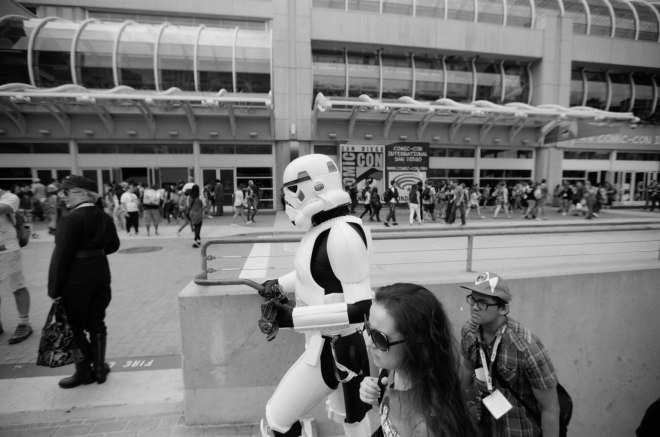 comic-con-san-diego-black-and-white-film-photographs-Nicole-Caldwell-58