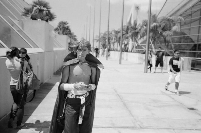 comic-con-san-diego-black-and-white-film-photographs-Nicole-Caldwell-a25