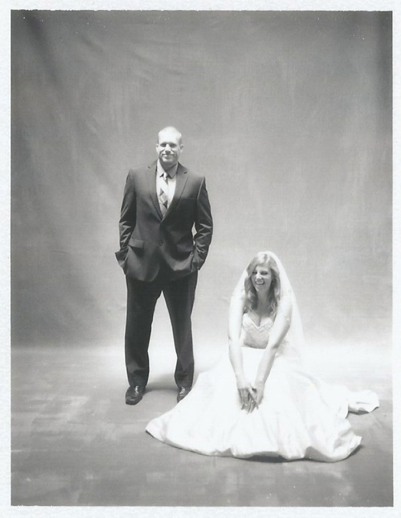 wedding-pictures-in-the-studio-by-nicole-cadlwell-02