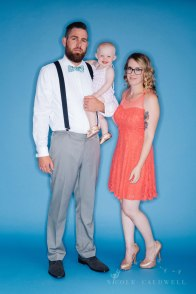 bright-colored-backdrop-studio-family-photo-ideas-nicole-caldwell-01