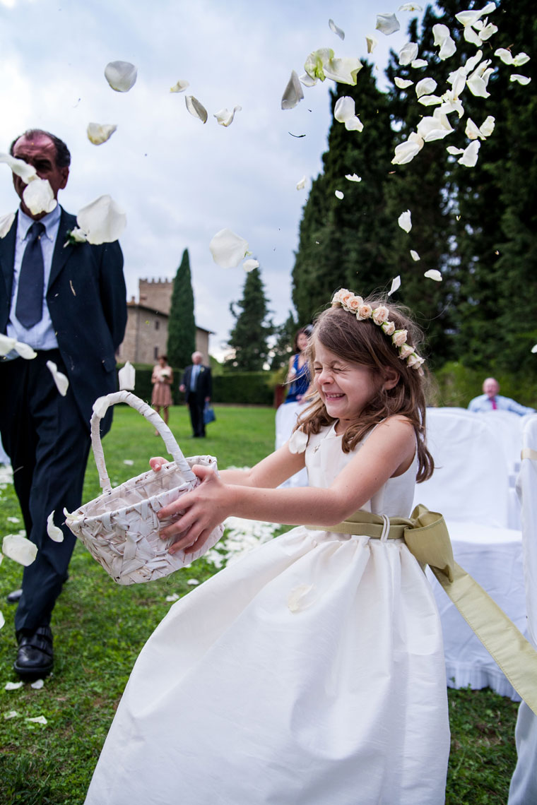 Tuscany_wedding_italy_destination_photographer_nicole_caldwell19