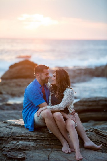 crystal cove lagune beach engagement photos by nicole caldwell 12
