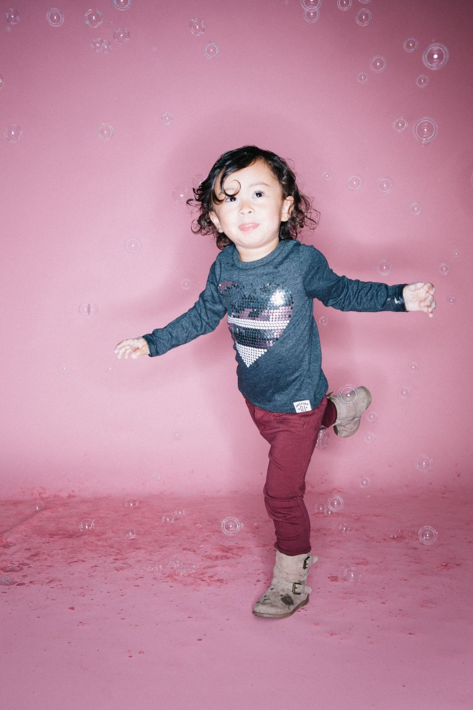 kids in bubbles photography studio nicole caldwell 09