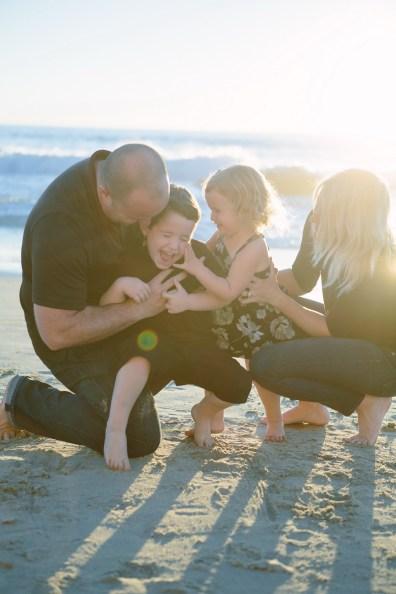 family beach photographer laguna beach crystal cove nicole caldwell18