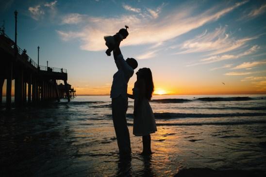 huntington beach pier family photos nicole caldwell 29