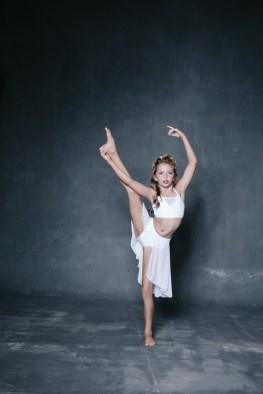 dance headshots photographer orange county photography studio nicole cadlwell04