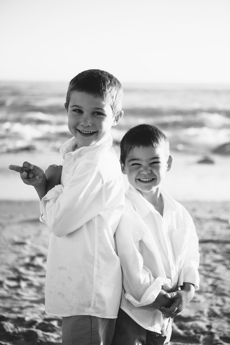 laguna becah family photography at crystal cove state park by nicole caldwell 03