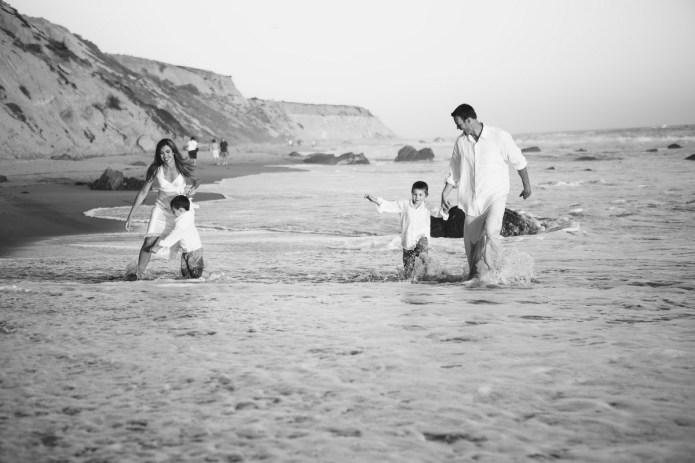 laguna becah family photography at crystal cove state park by nicole caldwell 30