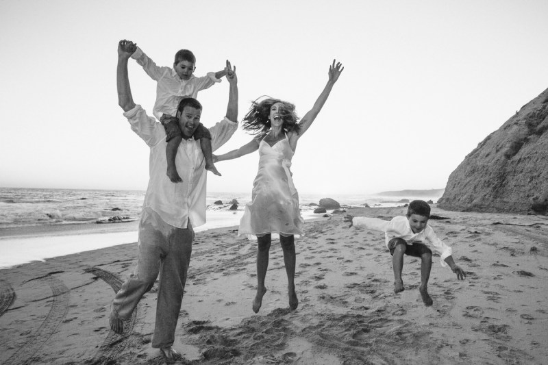 laguna becah family photography at crystal cove state park by nicole caldwell 34