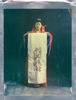 8-x-10-poalroid-color-impossible-project-nicole-caldwell-traditional-korean-wedding-attire-02