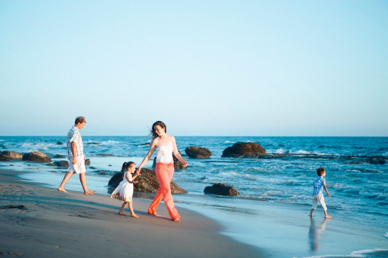 cystal_cove_laguna_beach_family_photogarpher_nicole_caldwell_studio65