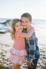 family_photography_laguna_beach_crystal_cove_nicole_caldwell04