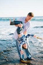 family_photography_laguna_beach_crystal_cove_nicole_caldwell08