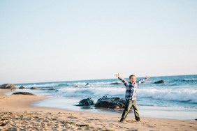 family_photography_laguna_beach_crystal_cove_nicole_caldwell14