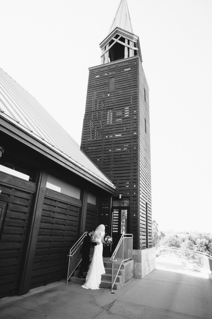 mariners-church-wedding-newport-beach-by-nicole-caldwell-08