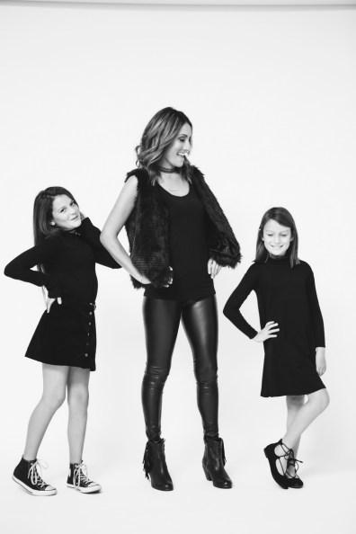 mother-daughter-photos-photogrphay-studio-nicole-caldwell-orange-county-06