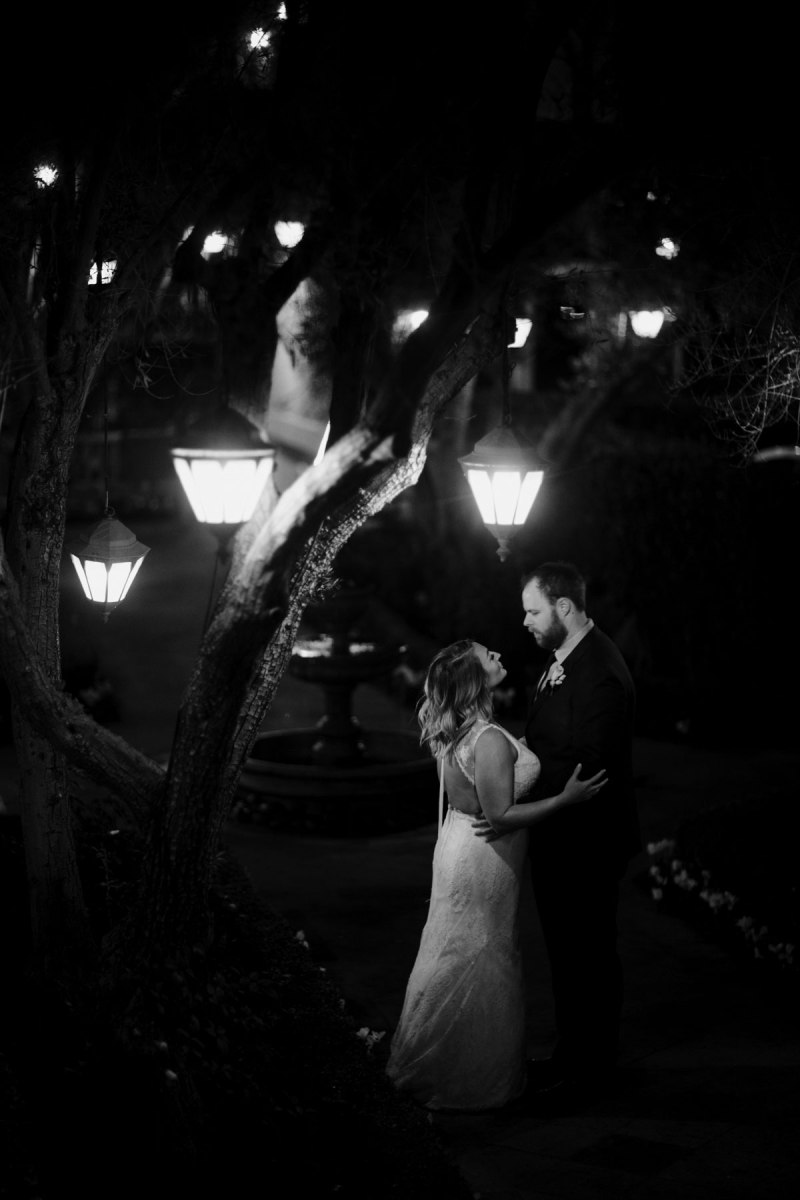surf-and-sand-resort-wedding-photos-at-night-by-nicole-caldwell