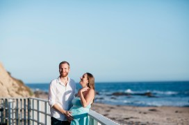 laguna beach maternity photographer nicole caldwell crystal cove