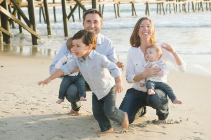family photographer san clemente pier nicole caldwell 07