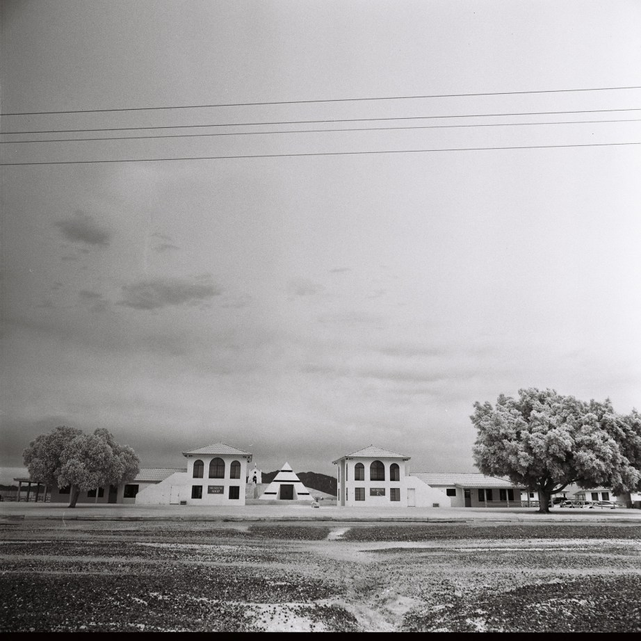 infrared_film_rollei_center_of_the_wrold_felicity_ca_nicole_caldwell12