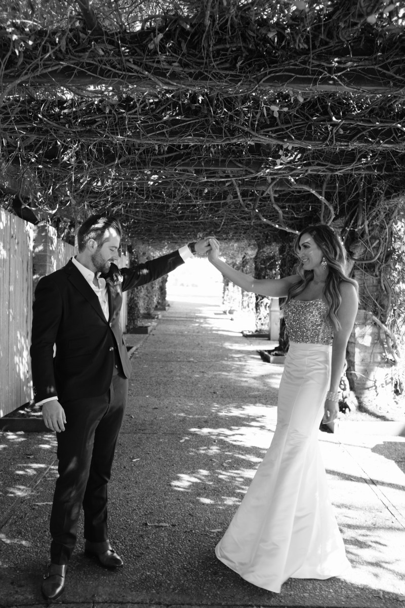 santa barabar zoo wedding and engagement pictures by nicole caldwell 07