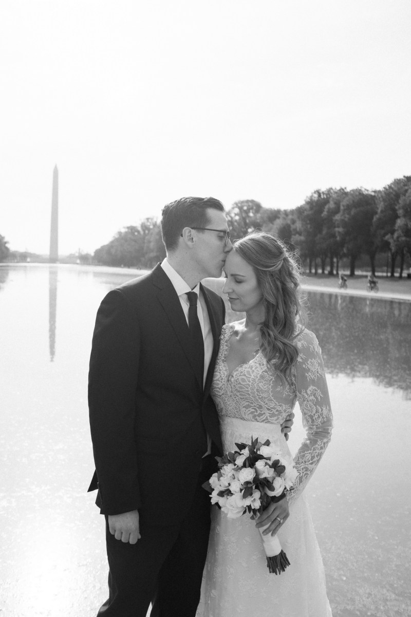 washington dc wedding and elopement by nicole caldwell lincoln memorial reflection pool