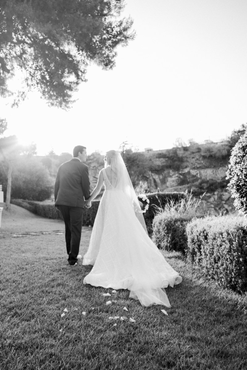 Lake_vouliagmeni_greece_weddings_nicole_caldwell_51