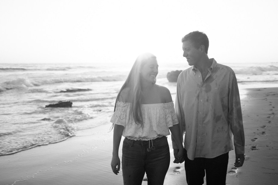 engagement photos in laguna beach nicole caldwell photographer08