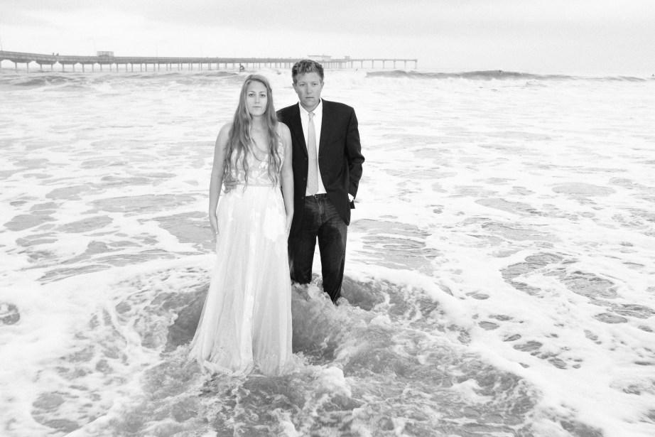 san diego wedding photographer nicole caldwell trash the dress ocean beach pier 07