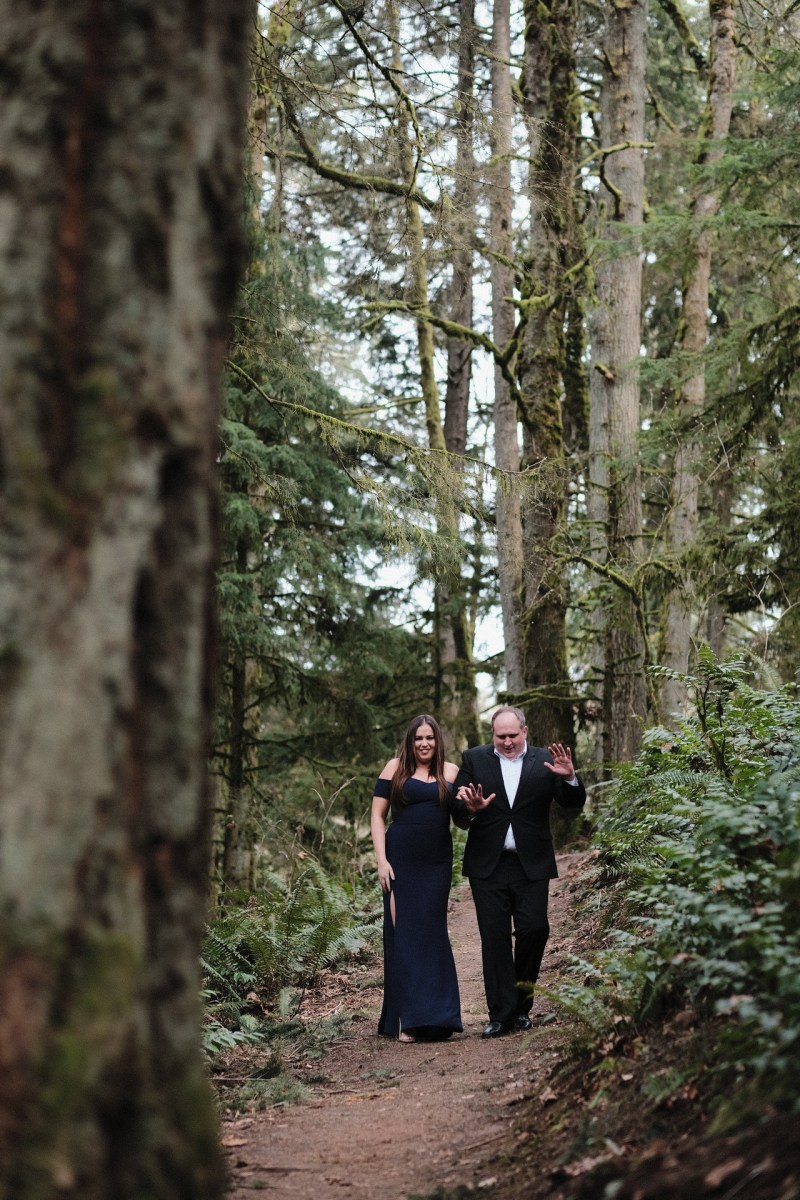 portalnd_oregon_engagement_photographer_nicole_caldwell_forest_park_500