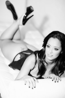 orange county boudoir photography studio in oc photographer nicole caldwell 10