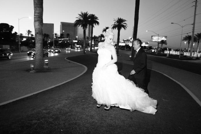 Las_vegas_wedding_trash_the_dress_10_year_anniversary_nicole_caldwell_photographer53
