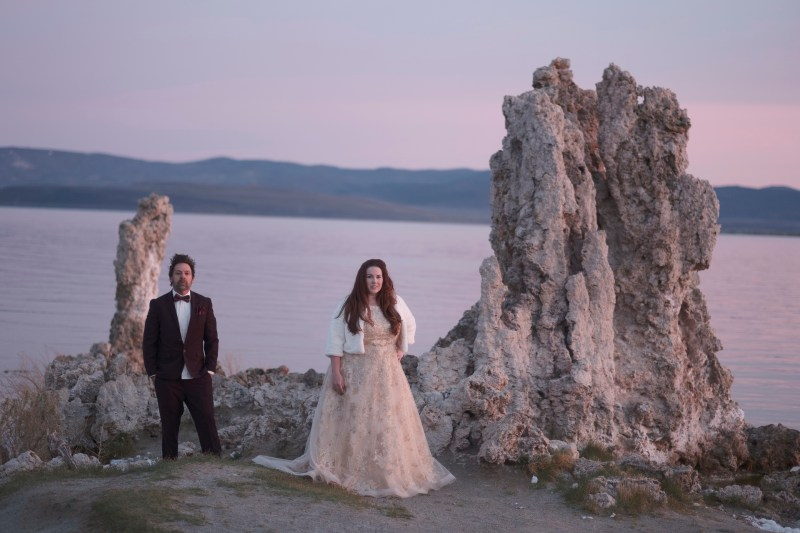 TRASH tHE DRESS WEDDING PHOTOGRAPHER NICOLE CALDWELL 02